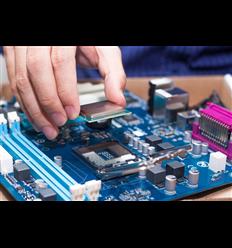 Servizio di Installazione CPU su Socket Scheda Madre